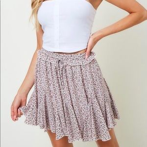 NWT Saints and Hearts LA Floral Flounce Skirt